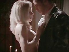 Vīrs vēro sievas ar erotiska gigolo
